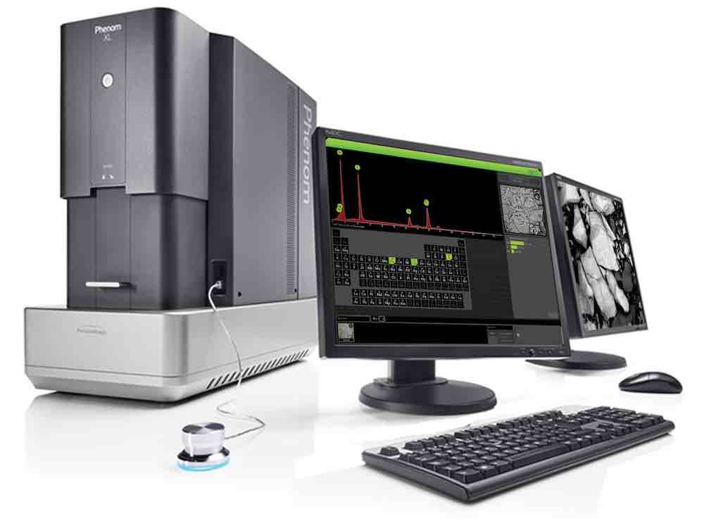 Phenom XL Scanning electron microscope and two screens with an image of Bornite